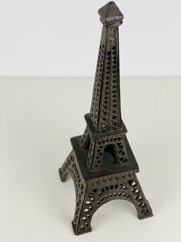 5149 - Eiffel Tower Candle Holder (2 available)