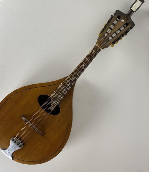5073 - Antique Mandolin