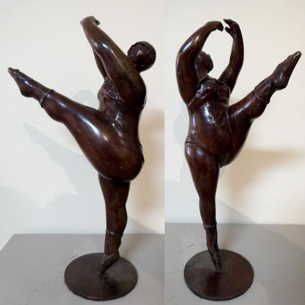 4104 - Ballerina by Artist Unknown