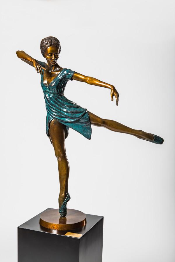 Juliet by Ron Dewey