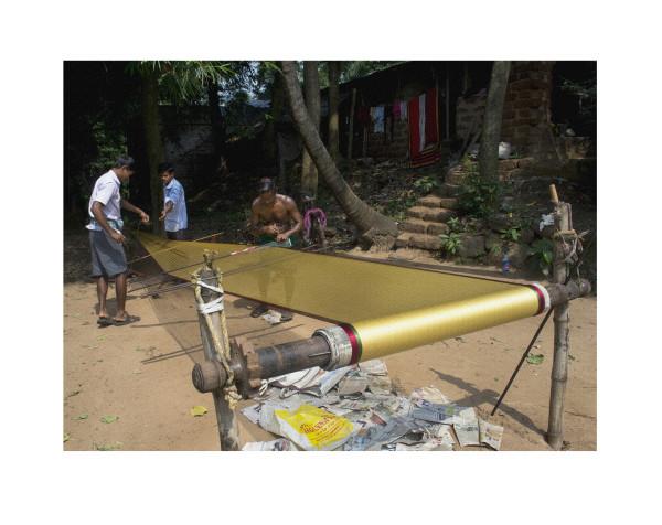 Warping a Sari by Ellen Howell