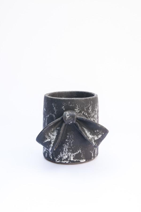 Small Single Bow by Ben Medansky