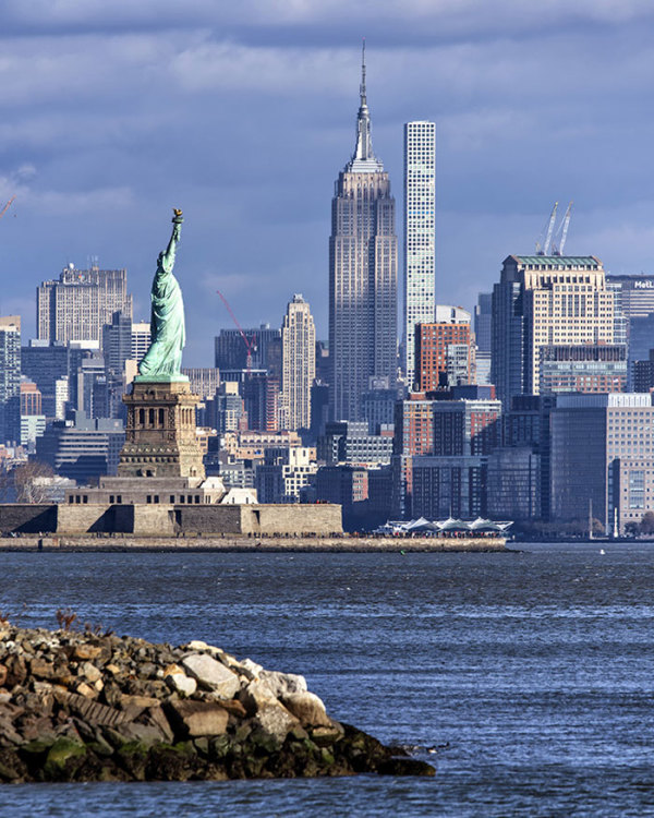 """6th  Place – Peter Alessandria - """"NYC 2"""" –  www.peteralessandriaphotography.com by Peter Alessandria"""