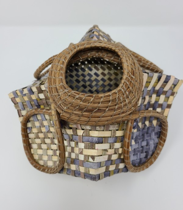 Loop Woven Basket by Roberta Condon