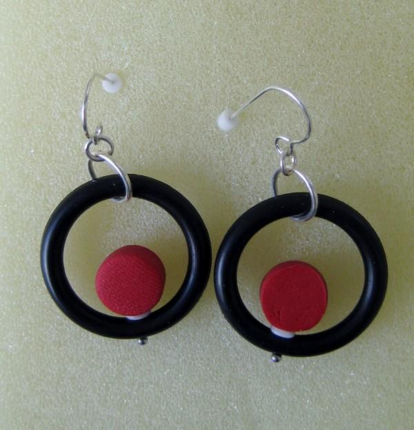 Red/Black Earrings by Charmaine Harbort