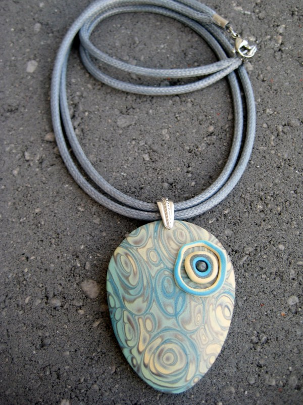 Swirl Blue/Beige Necklace by Charmaine Harbort