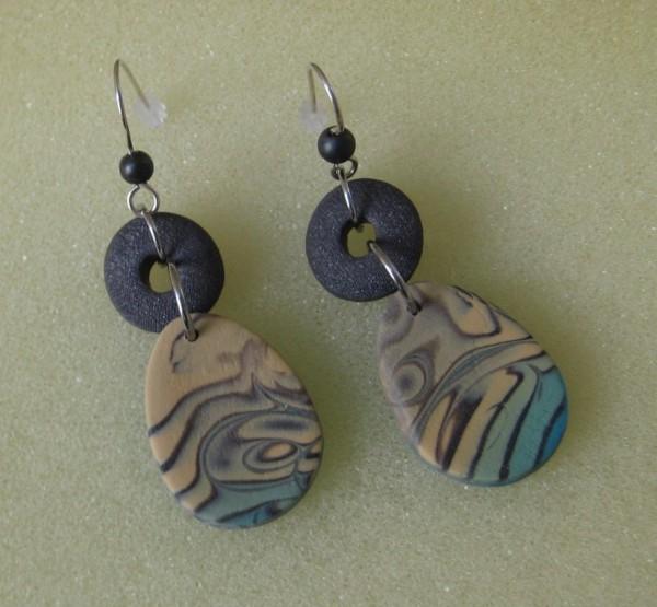Swirl Blue/Beige Earrings by Charmaine Harbort