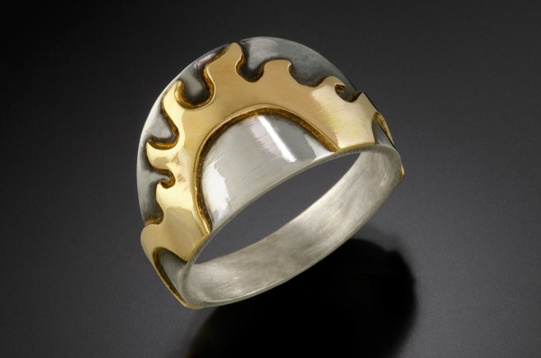 Here Comes the Sun (Ring) by Georgia Weithe