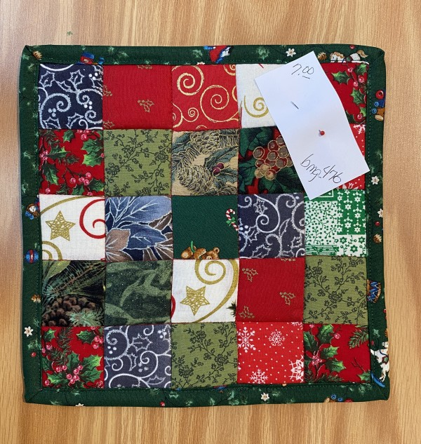 Christmas Pot Holder by Betty Gruber