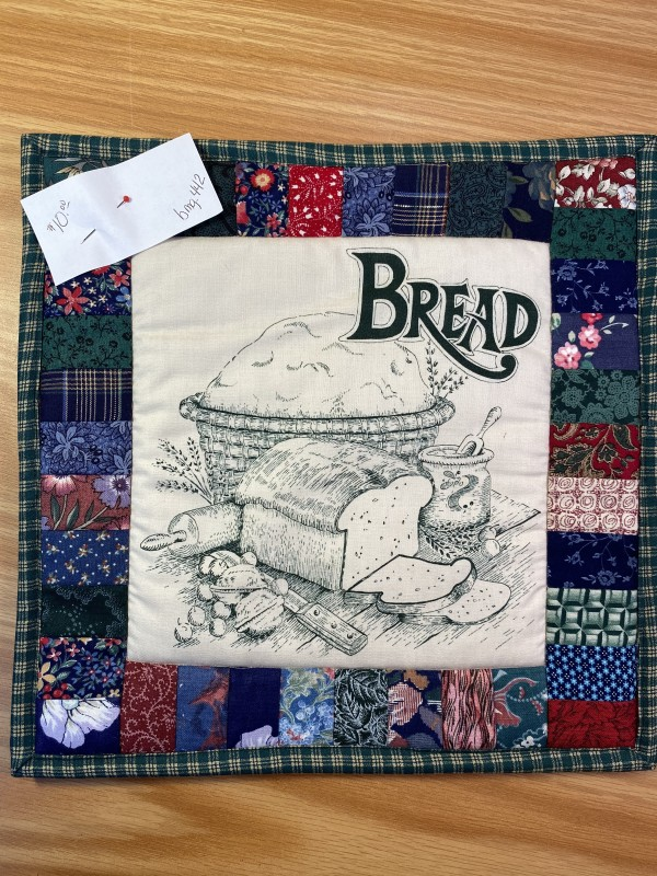 Bread Pot Holder by Betty Gruber