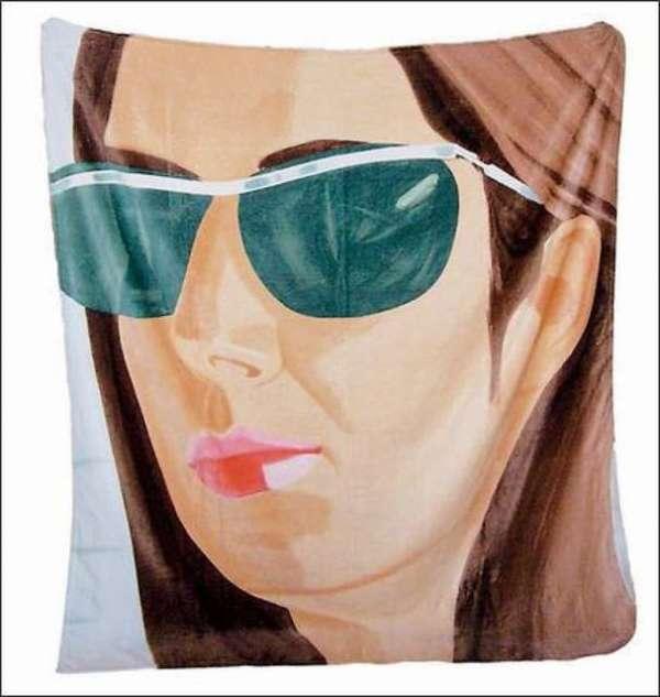 Alex Katz 2007 限量海灘巾 Ada  Alex Katz 2007 Beach Towel by 阿歷克斯·卡茨 Alex Katz
