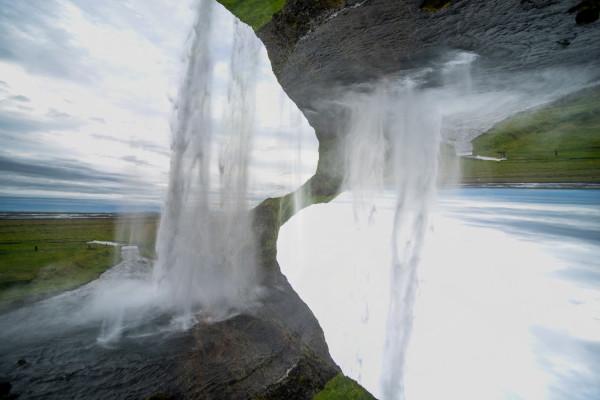 Seljalandsfoss #17 by Robin Vandenabeele