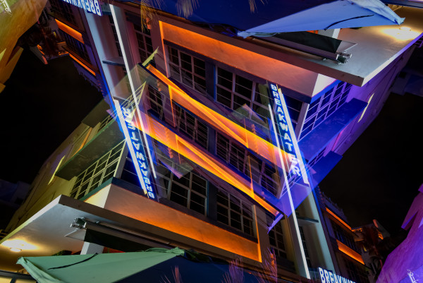 Miami Ocean Drive #24 by Robin Vandenabeele