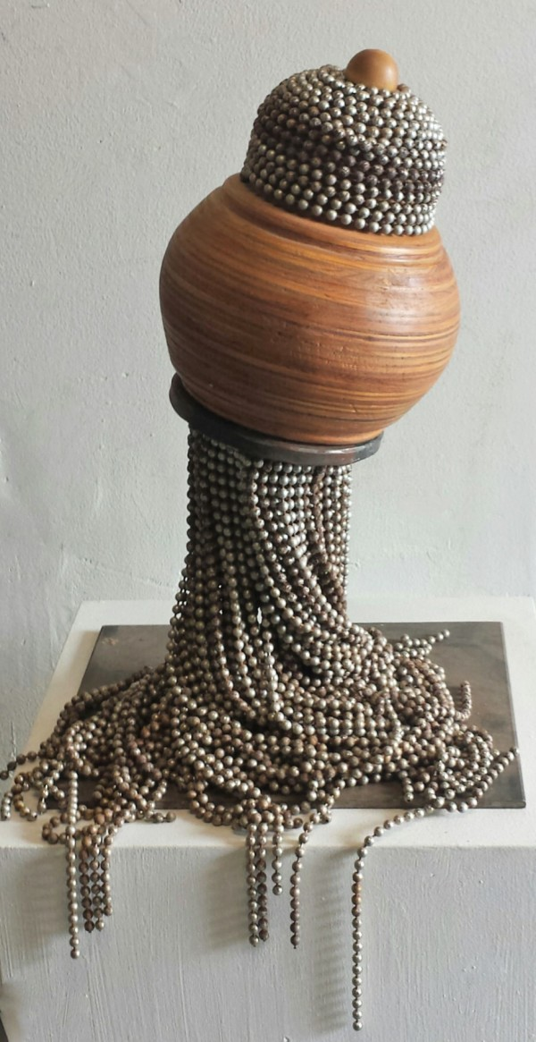 Sculpture 2 by Beth Kamhi