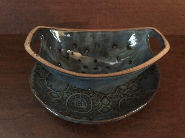 Berry Bowl with Tray