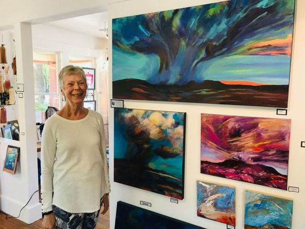 Prescott Woman Purchases Large Monsoon Painting by Karon Leigh