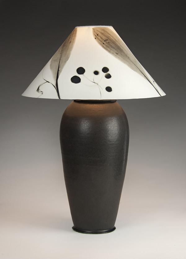 黑色底灯(按压灯#15),由Stephen Procter设计