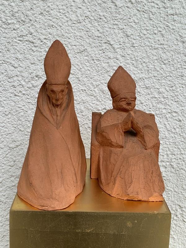 Cardinale Seduto - models