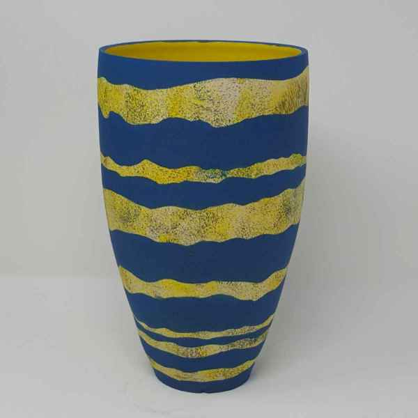 BRI099, Strata Vessel by Jane Bridger