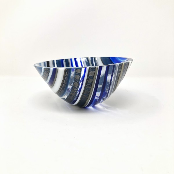 SHI077, Steel Blue drop vessel by Hilary Shields