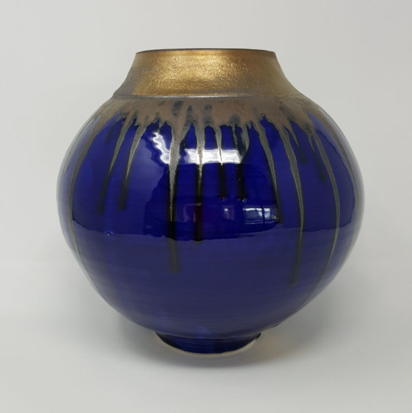 BRI060, Midnight Blues Moon Jar by Jane Bridger