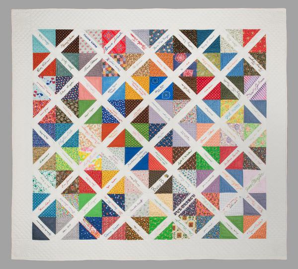 Signature Quilt by Santa Clara Valley Quilt Association