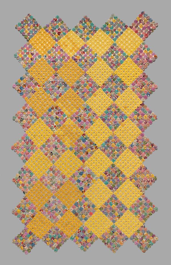 Yo-yo Coverlet by Mae Gravelin