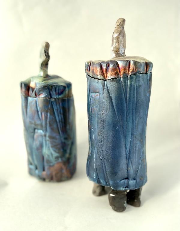 Raku containers by Mariana Sola