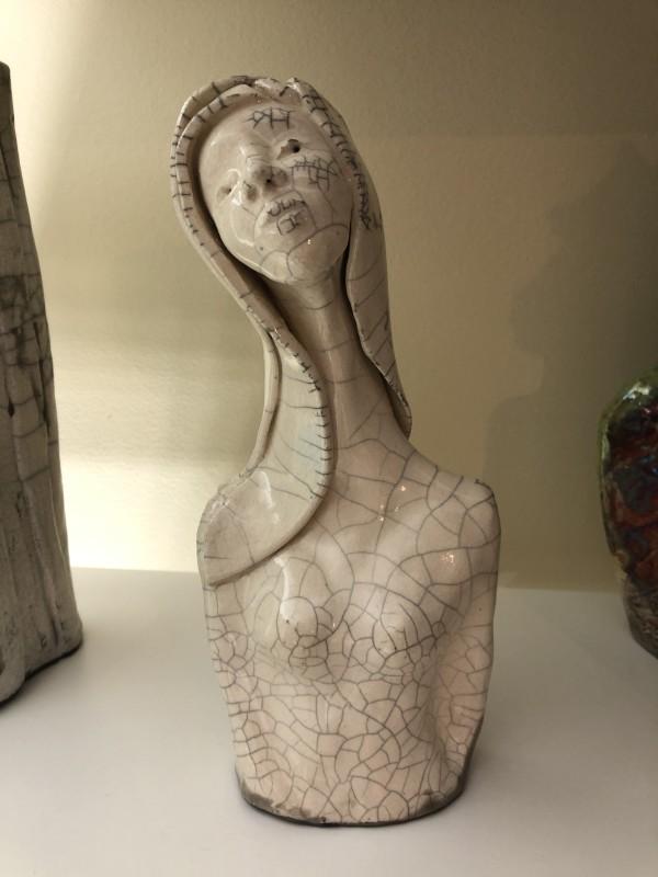 Lady by Mariana Sola