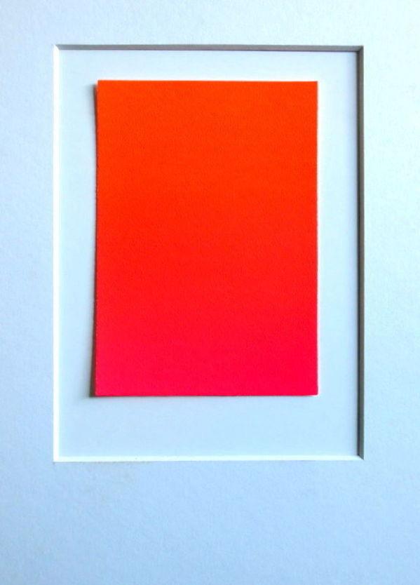 Farbverlauf von Orange-Rot zu Leucht-Rot