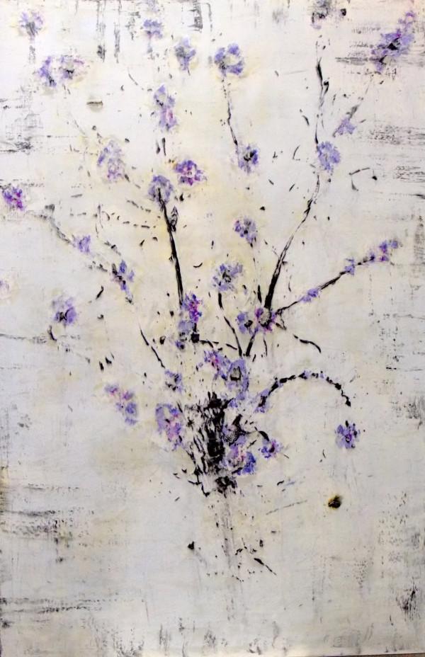 Himan no hachi (Corpulent Bee) by Bernard Weston