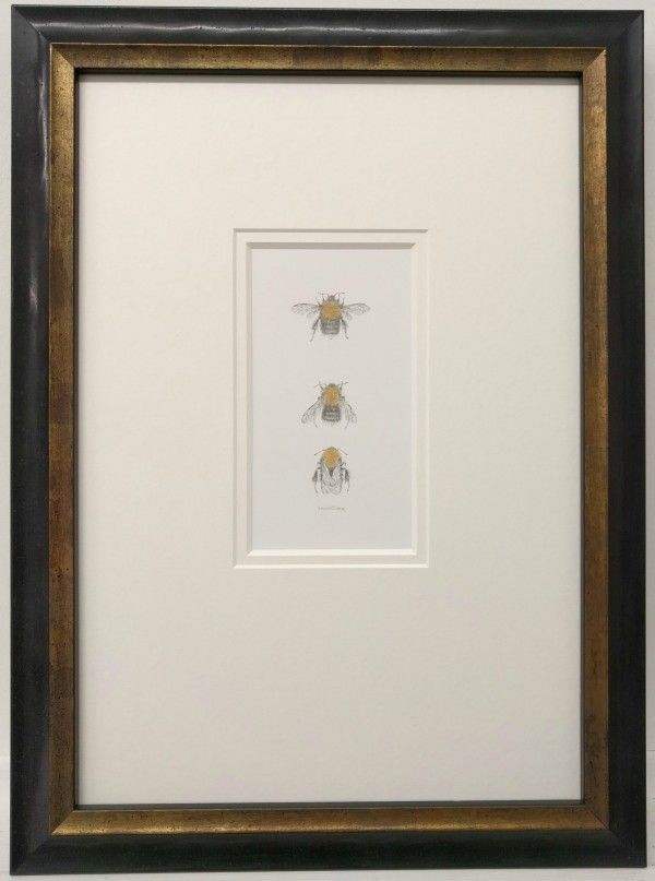 Tree BumbleBee 3.1 by Louisa Crispin