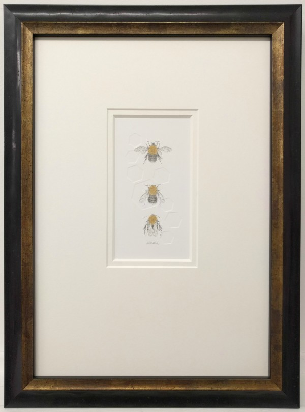 Tree BumbleBee 3.2e by Louisa Crispin