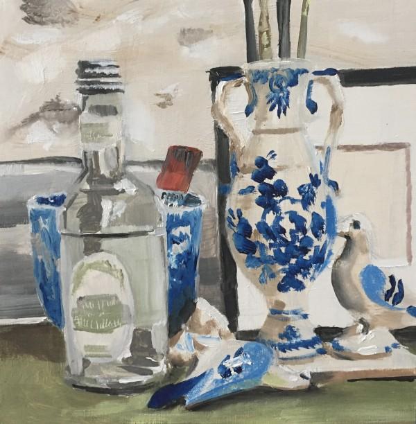 Pigeon vase by Philine van der Vegte