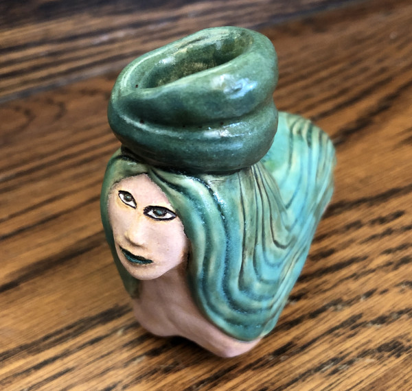 Turquoise Queen pipe by Nell Eakin