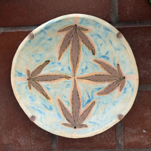 The Slightly Cloudy 4 leaf impression tray by Nell Eakin