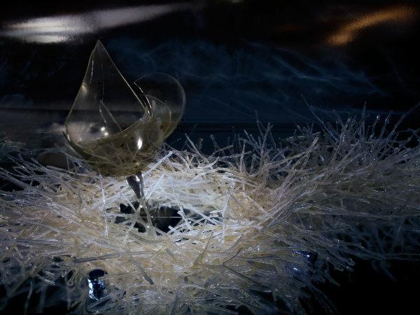 Glass #267 from the series Shards | Taça #267 da série Estilhaços by Josely Carvalho