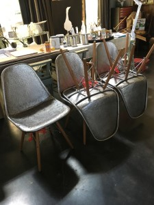Furniture - Wooden Leg Metal Loft Chair    4sold