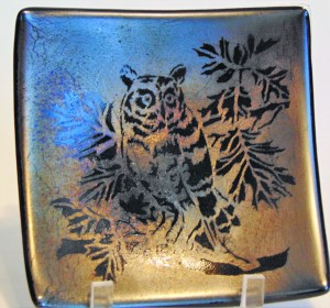 Owl Plate on Silver/Gold Irid