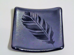 Small Plate-Feather on Silver Irid
