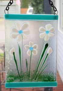 Garden Hanger-White Daisies