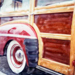 Cool Red Woody