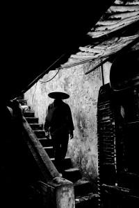 Hanoi Stairs 20x24