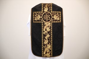 "Chasuble - ""In Cruce Salus"""