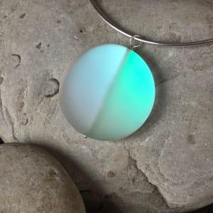 "PAX428,  Round DAZZLE Glass Gems 18"" Pendant Necklace"