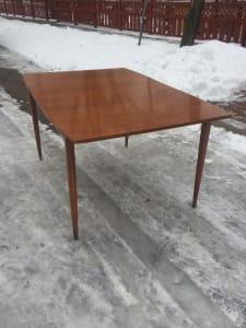 Mid century modern ding room table