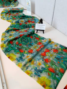 Daffodils and Tulips Scarf