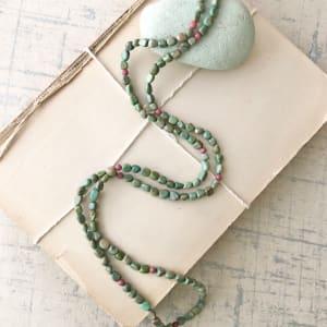 绿色的绿宝石项链