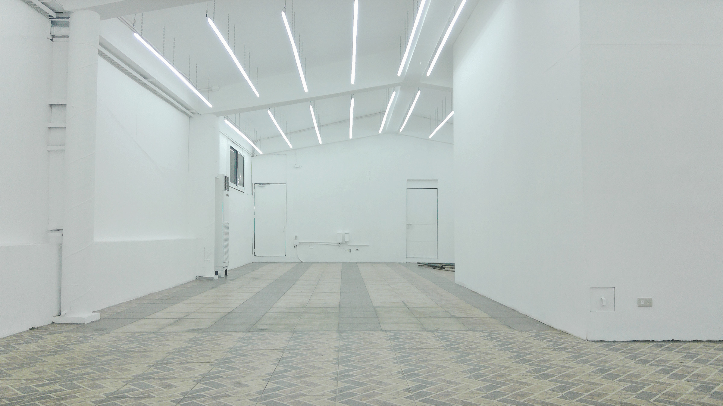 About DISTRICT GALLERY