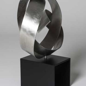 Round Knot by Joe Gitterman
